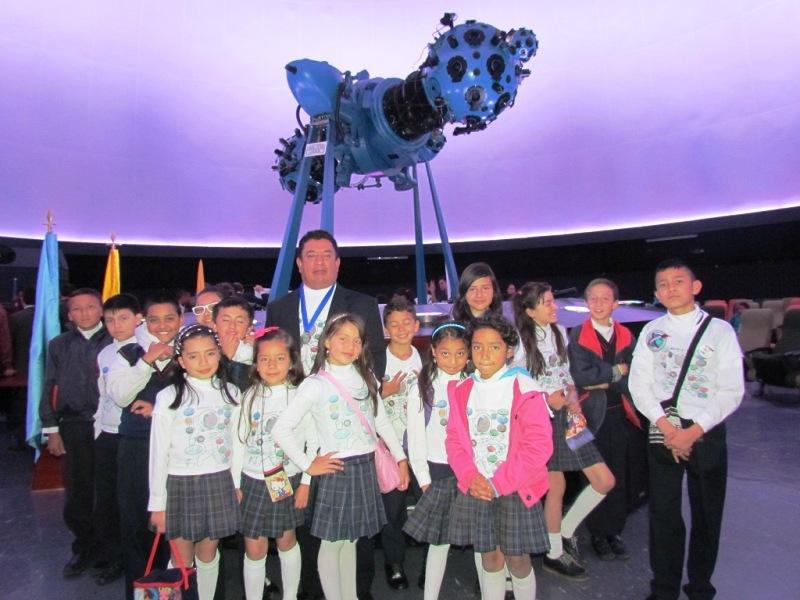Astronomia_Estudiantes_MissionX_Bogota